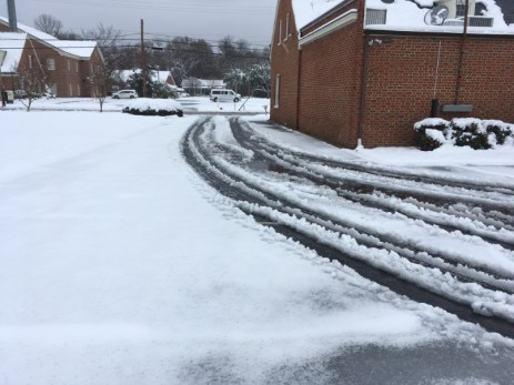 bbt enfield 12 9 18 snow driveway before