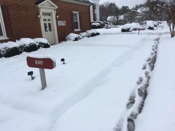 bbt enfield 12 9 18 snow sidwalk before
